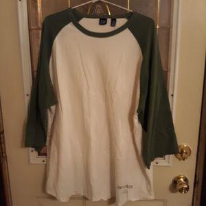 NWOT 3/4 Length Sleeve T-shirt